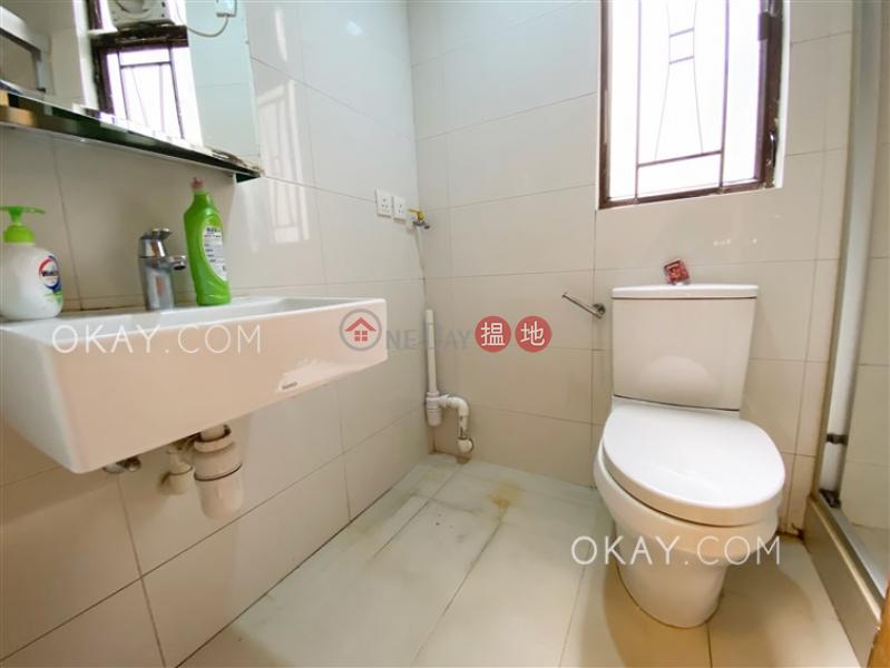 Luxurious 3 bedroom in Mid-levels West | Rental | Roc Ye Court 樂怡閣 Rental Listings