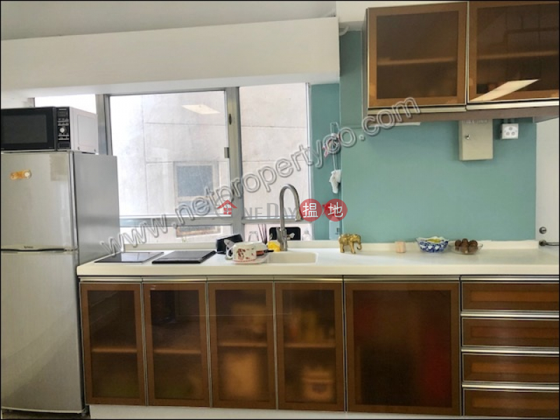 Nice Decorated office for Lease in Sai Ying Pun 16 Sutherland Street | Western District | Hong Kong | Rental HK$ 35,000/ month