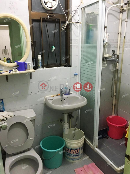 HK$ 13,000/ month Man Fuk Building Kwun Tong District Man Fuk Building | 2 bedroom High Floor Flat for Rent