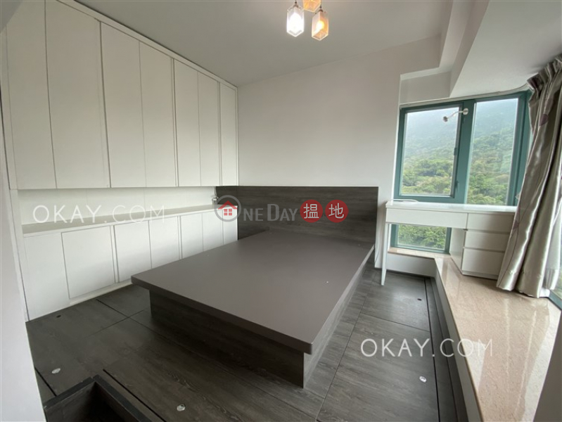 HK$ 18,000/ month POKFULAM TERRACE | Western District Lovely 1 bedroom with balcony | Rental