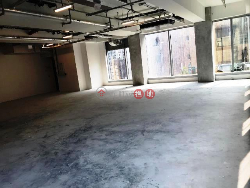 HK$ 139,256/ month | LL Tower | Central District | Brand new Grade A commercial tower in core Central whole floor for letting