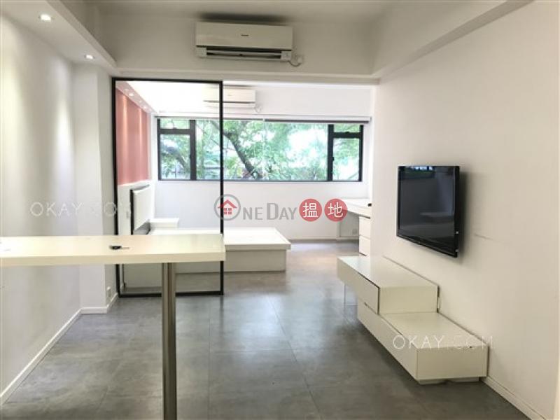 Charming 1 bedroom in Sheung Wan | Rental 10 On Wo Lane | Central District, Hong Kong Rental, HK$ 25,000/ month