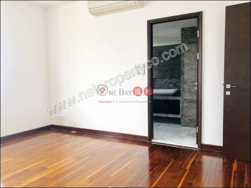 Spacious Apartment for Rent in Mid-Levels East | 8-10 Chun Fai Road | Wan Chai District | Hong Kong | Rental | HK$ 90,000/ month