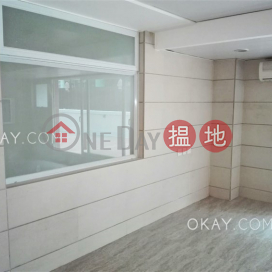 Lovely 4 bedroom with terrace | Rental