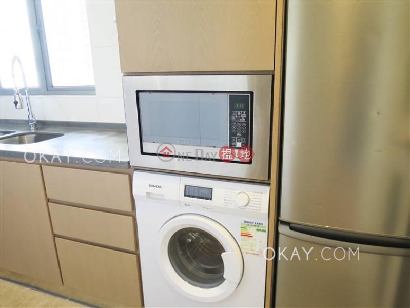 Elegant 2 bedroom with balcony | Rental, Po Wah Court 寶華閣 Rental Listings | Wan Chai District (OKAY-R323528)