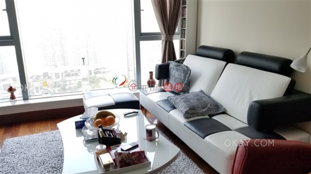 Property Search Hong Kong | OneDay | Residential, Rental Listings | Charming 2 bedroom in Kowloon Station | Rental