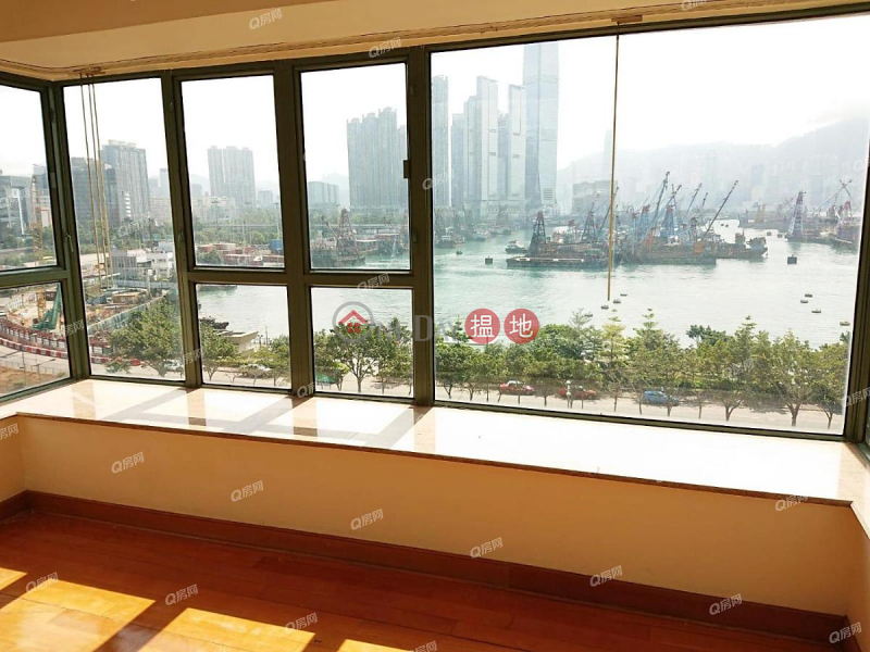 Property Search Hong Kong | OneDay | Residential | Rental Listings, Tower 10 Island Harbourview | 3 bedroom Low Floor Flat for Rent