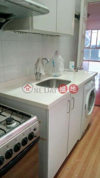 HK$ 47,000/ month | 38C Kennedy Road, Central District, 3 Bedroom Family Flat for Rent in Central Mid Levels