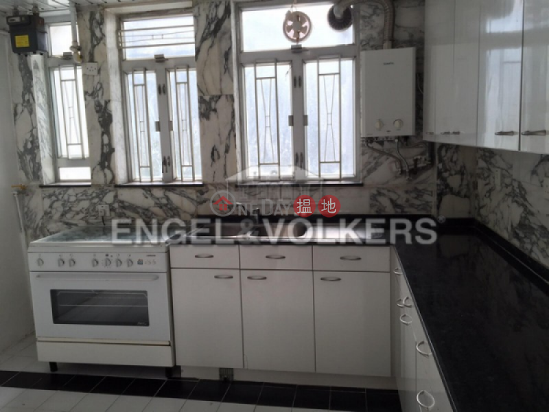 HK$ 58,000/ month | Four Winds | Western District, 3 Bedroom Family Flat for Rent in Pok Fu Lam