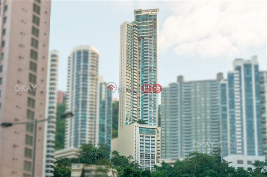 Property Search Hong Kong | OneDay | Residential Rental Listings Exquisite 3 bedroom on high floor with parking | Rental