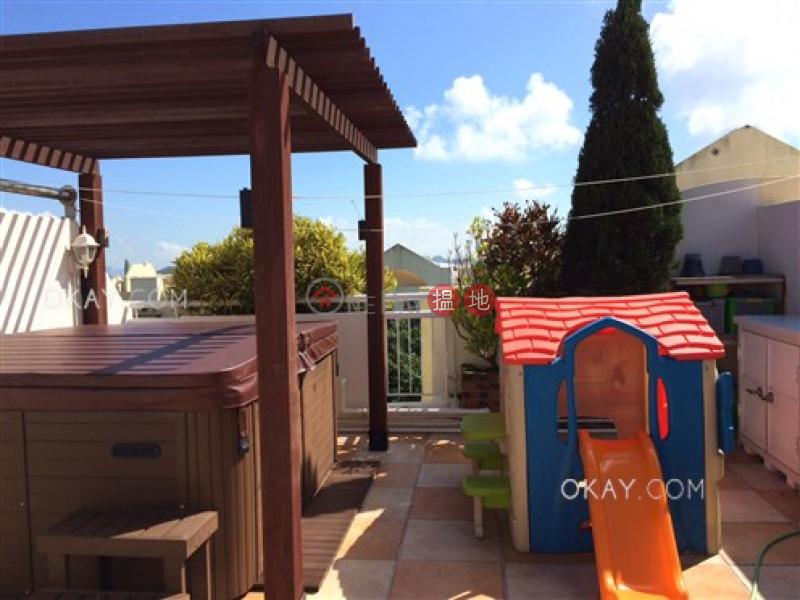 HK$ 50,000/ month, Discovery Bay, Phase 4 Peninsula Vl Caperidge, 14 Caperidge Drive Lantau Island Rare 3 bedroom on high floor with sea views & rooftop | Rental