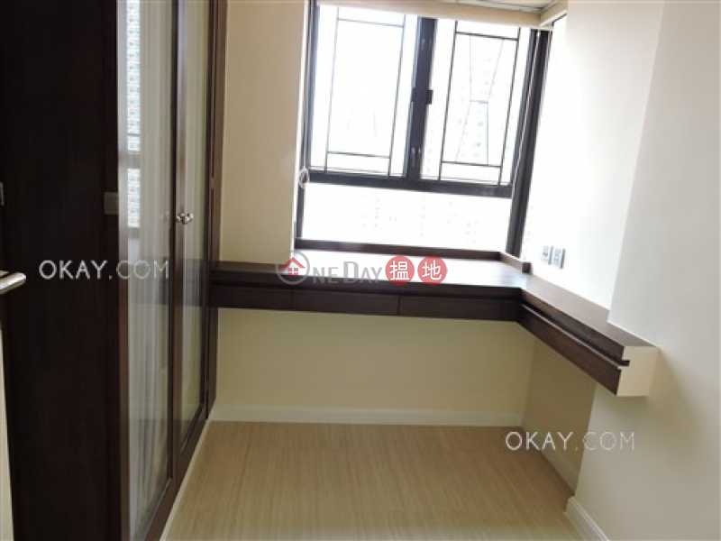 HK$ 35,000/ month, Primrose Court, Western District | Rare 3 bedroom on high floor with harbour views | Rental
