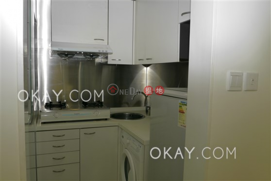 Lovely 2 bedroom with balcony | Rental, 33 Centre Street | Western District Hong Kong Rental, HK$ 28,000/ month