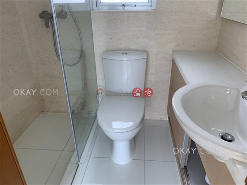 HK$ 28,500/ month, GRAND METRO, Yau Tsim Mong Tasteful 2 bedroom on high floor with balcony | Rental
