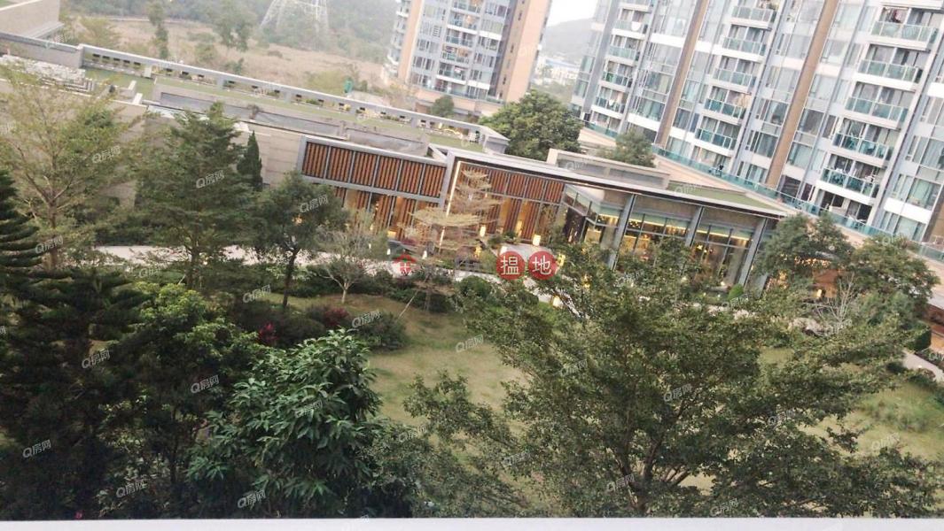 HK$ 8.6M   Park Circle, Yuen Long Park Circle   3 bedroom Mid Floor Flat for Sale