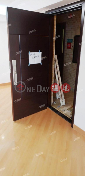 Property Search Hong Kong | OneDay | Residential, Rental Listings, (T-36) Oak Tien Mansion Harbour View Gardens (West) Taikoo Shing | 4 bedroom High Floor Flat for Rent