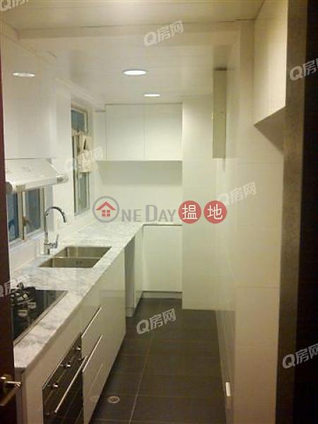 HK$ 1,800萬|鳳凰閣 5座-灣仔區-間隔實用,特大露台,四通八達,連租約《鳳凰閣 5座買賣盤》