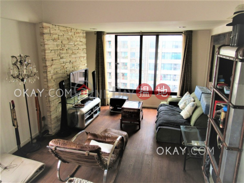 Tasteful 1 bedroom on high floor with rooftop | For Sale|Kam Kin Mansion(Kam Kin Mansion)Sales Listings (OKAY-S70864)_0