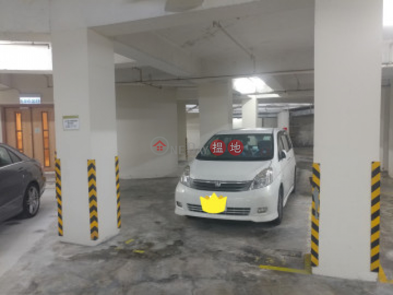 香港搵樓 租樓 二手盤 買樓  搵地   住宅-出售樓盤御景園 三房一套連車位 自讓