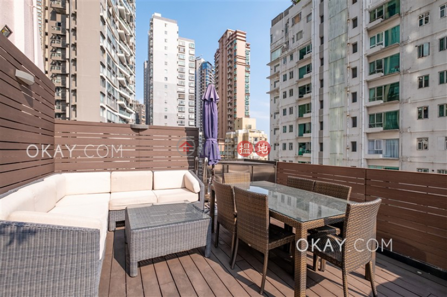 HK$ 25,000/ month, Kam Lei Building Western District Tasteful penthouse with rooftop | Rental