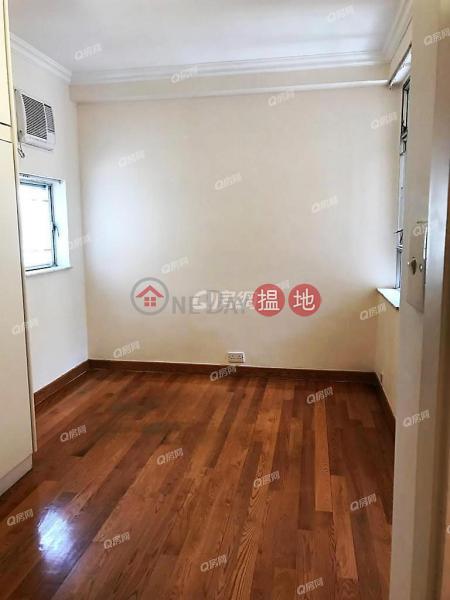 HK$ 40,000/ month Block 25-27 Baguio Villa | Western District Block 25-27 Baguio Villa | 2 bedroom Mid Floor Flat for Rent