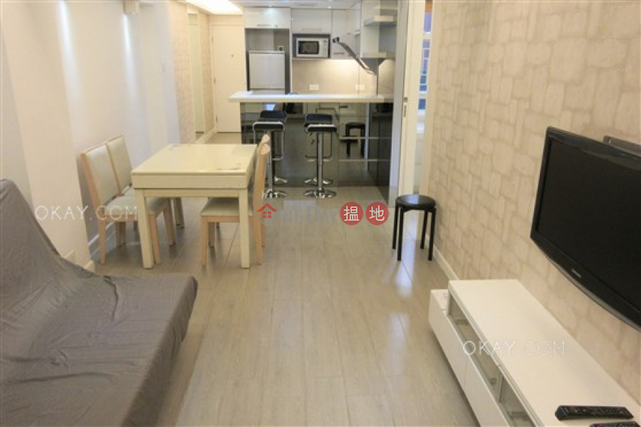 HK$ 9M Yee On Mansion, Wan Chai District Generous 2 bedroom in Wan Chai   For Sale