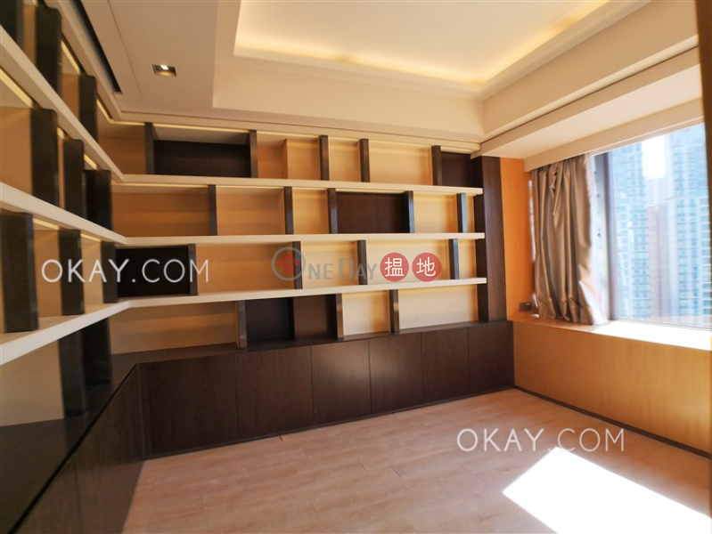 Property Search Hong Kong | OneDay | Residential, Sales Listings | Exquisite 3 bed on high floor with balcony & parking | For Sale
