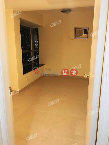 Property Search Hong Kong | OneDay | Residential, Rental Listings | Sham Wan Towers Block 1 | 2 bedroom Mid Floor Flat for Rent