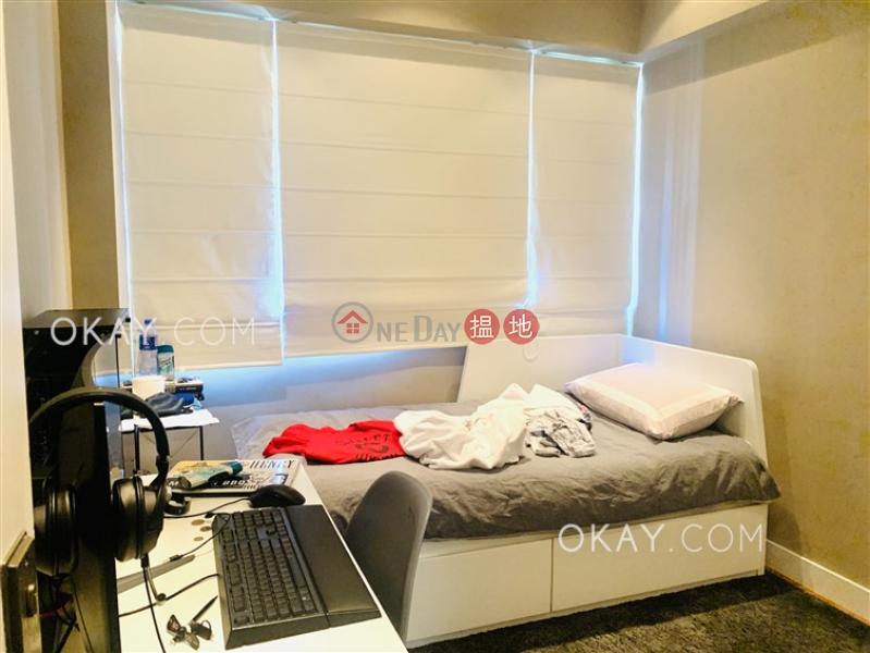 Elegant 2 bedroom with parking   Rental, Honiton Building 漢寧大廈 Rental Listings   Western District (OKAY-R81121)