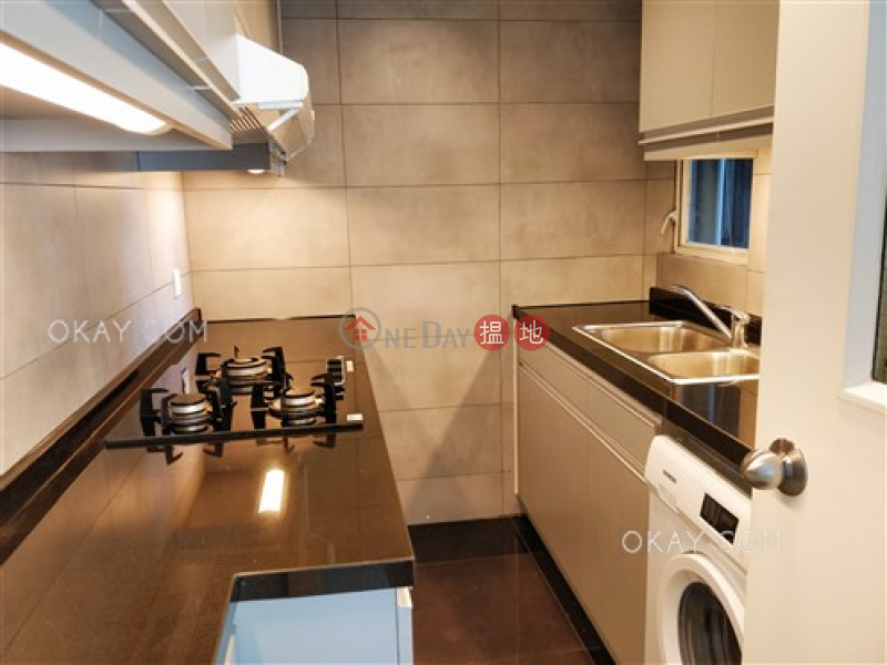 Property Search Hong Kong | OneDay | Residential Rental Listings Elegant 3 bedroom with balcony & parking | Rental