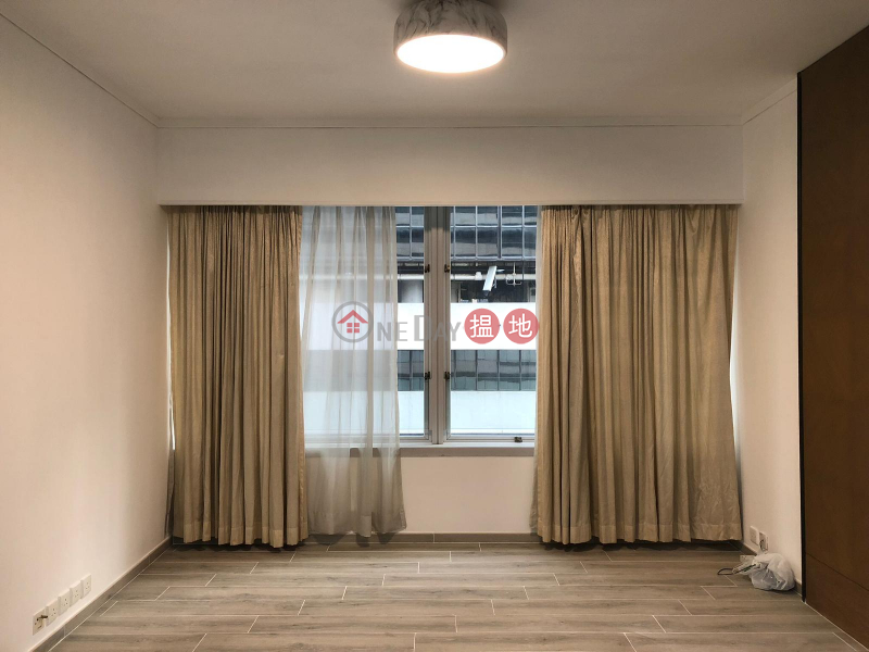 Flat for Rent in Convention Plaza Apartments, Wan Chai | Convention Plaza Apartments 會展中心會景閣 Rental Listings