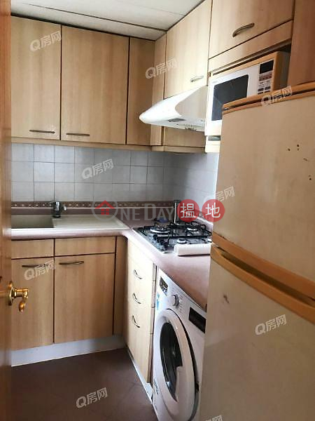 HK$ 25,000/ month Wilton Place Western District Wilton Place | 2 bedroom Mid Floor Flat for Rent