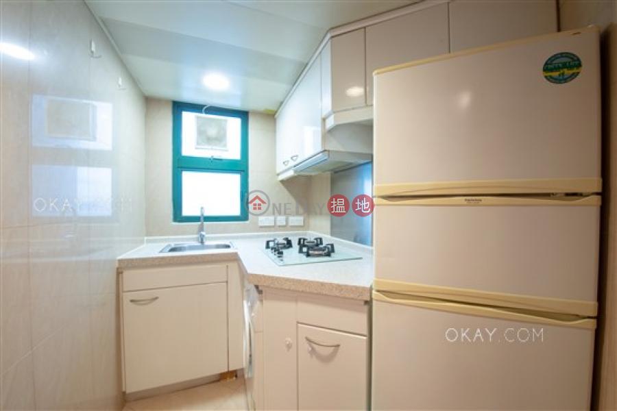 HK$ 37,000/ month | Manhattan Heights, Western District | Luxurious 3 bedroom on high floor with sea views | Rental