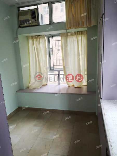 HK$ 22,000/ month | Markfield Building, Western District | Markfield Building | 2 bedroom Mid Floor Flat for Rent