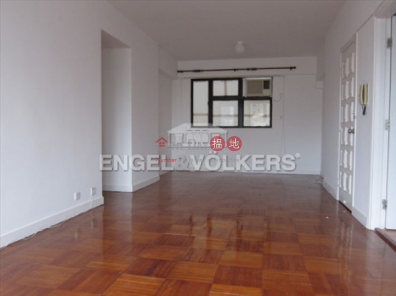 3 Bedroom Family Flat for Sale in Soho 18 Hospital Road | Central District, Hong Kong | Sales HK$ 21M