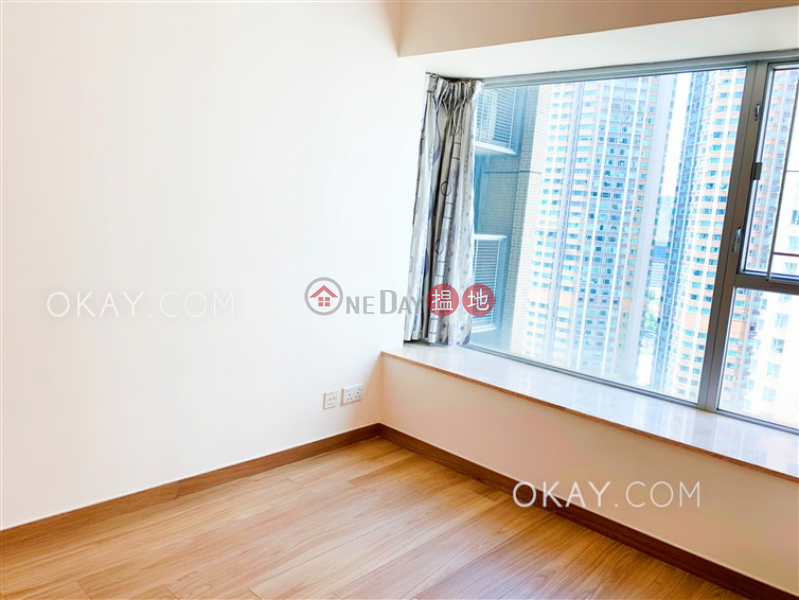 HK$ 34,000/ month | The Waterfront Phase 1 Tower 1, Yau Tsim Mong Charming 2 bedroom in Kowloon Station | Rental
