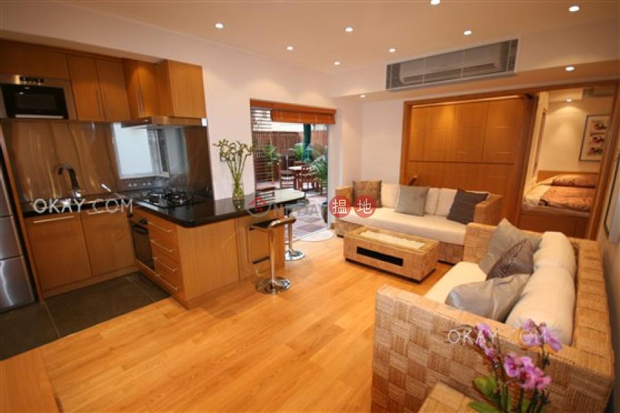 Generous 1 bedroom with terrace   Rental, Li Chit Garden 李節花園 Rental Listings   Wan Chai District (OKAY-R57166)