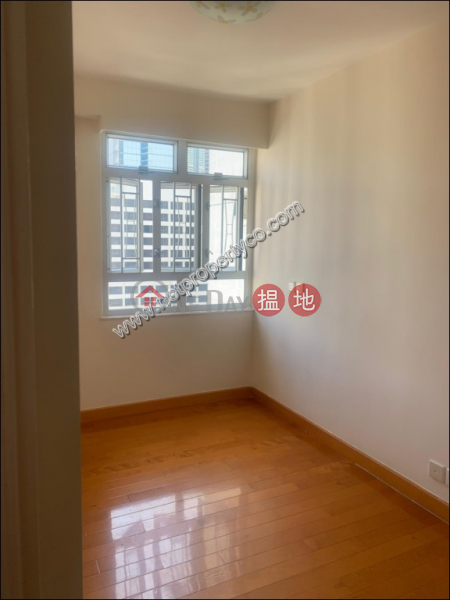 3 Bedrooms Spacious Unit in Fortress Hill for Rent, 233 Electric Road | Eastern District | Hong Kong, Rental HK$ 38,000/ month