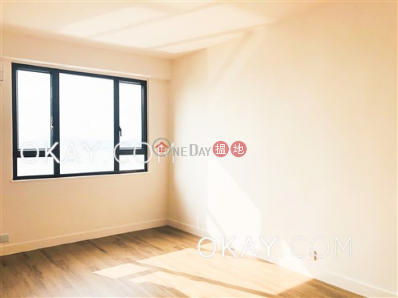 HK$ 9M, Sun Court | Western District, Generous 2 bedroom on high floor with sea views | For Sale