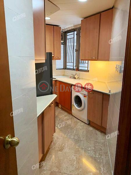 Property Search Hong Kong | OneDay | Residential, Rental Listings | Sorrento Phase 1 Block 5 | 3 bedroom High Floor Flat for Rent