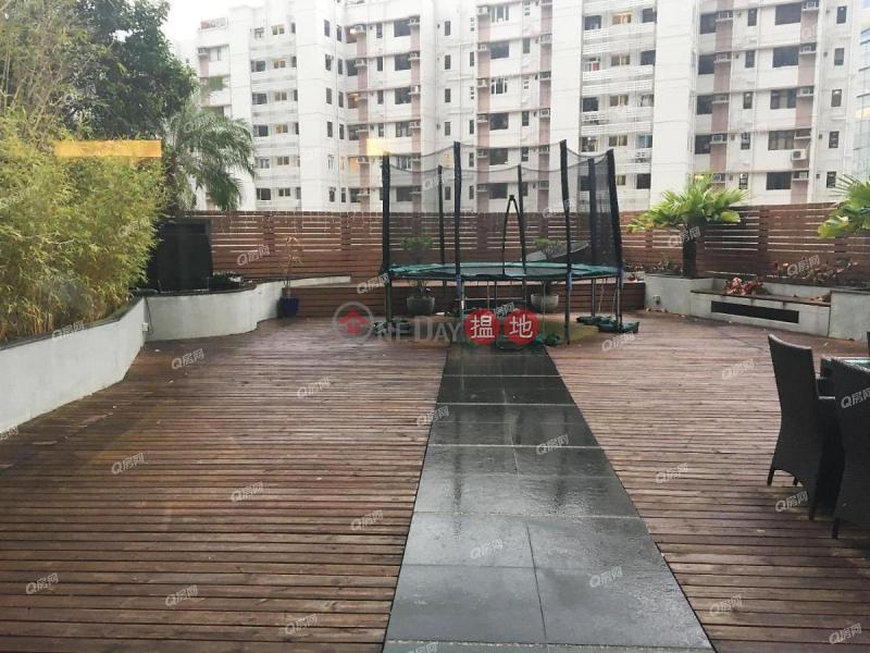 Property Search Hong Kong | OneDay | Residential Rental Listings, Block 32-39 Baguio Villa | 4 bedroom Low Floor Flat for Rent