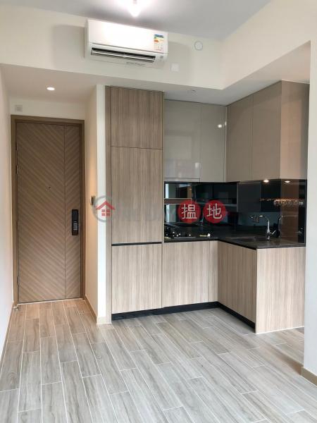君豪峰|中層-L單位住宅出租樓盤|HK$ 19,000/ 月