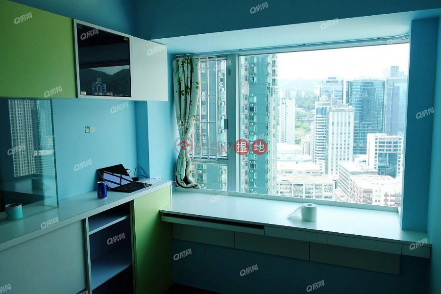 開揚遠景,鄰近地鐵,實用兩房,供平過租,環境清靜《宇晴軒1期買賣盤》 9深盛路   長沙灣香港 出售 HK$ 980萬
