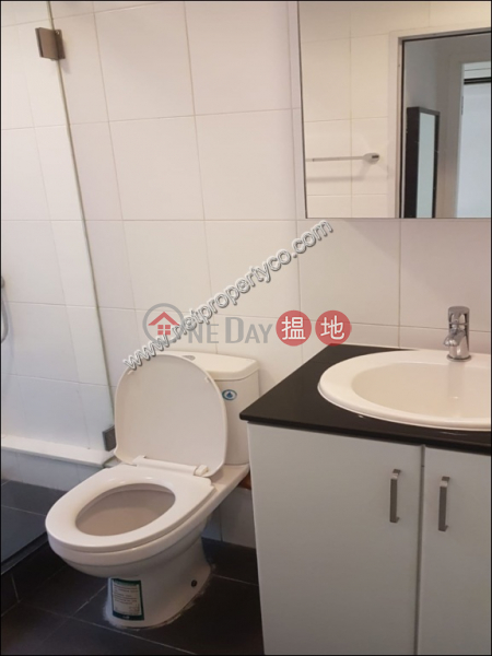 Unit in Sheung Wan for Rent | 72-16 Wing Lok Street | Western District, Hong Kong Rental HK$ 23,000/ month