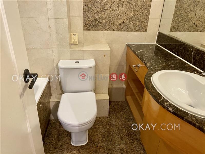 Rare 3 bedroom on high floor with rooftop & parking | Rental | Kennedy Court 顯輝豪庭 Rental Listings