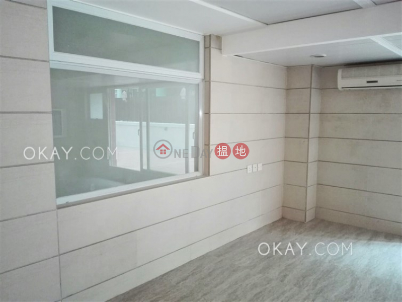 Lovely 4 bedroom with terrace | For Sale, Block B Jade Court 翡翠閣 B 座 Sales Listings | Western District (OKAY-S125491)