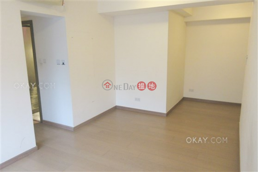 Stylish 2 bedroom with balcony | Rental, Centre Point 尚賢居 Rental Listings | Central District (OKAY-R84489)