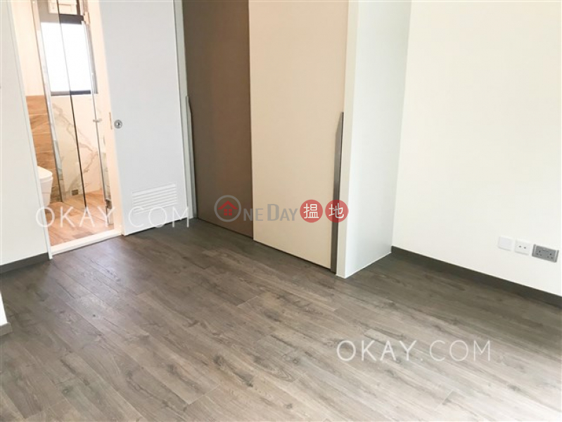 HK$ 64,500/ month C.C. Lodge Wan Chai District Rare 3 bedroom on high floor with rooftop & parking | Rental