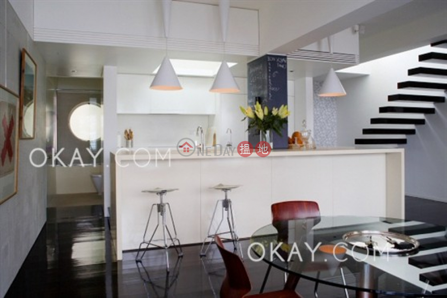 Rare 2 bedroom with rooftop & balcony   Rental   Morning Light Apartments 晨光大廈 Rental Listings