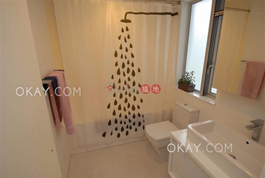 HK$ 2,000萬慶徑石-西貢-3房2廁,連車位,露台,獨立屋《慶徑石出售單位》